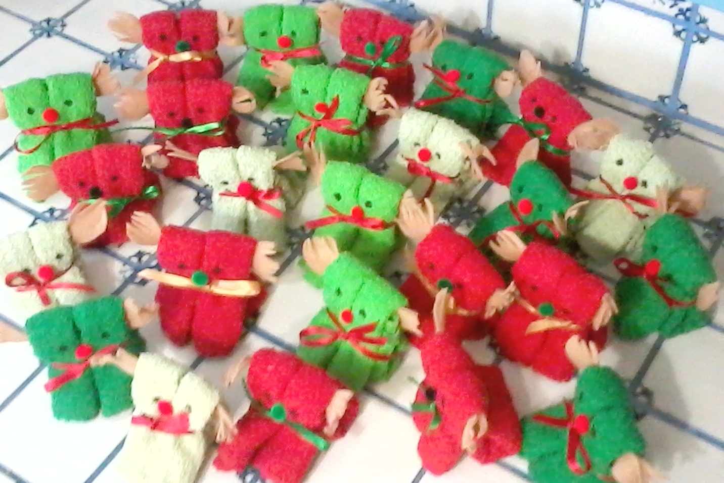 Ordinary Operation Christmas Child Craft Ideas Part - 14: Audrey Schuller Has Been Hard At Work Making These Adorable Wash Cloth  Animals To Be Placed Into Our Operation Christmas Child Shoe Boxes This  Year.